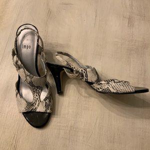 Impo snake skin heels. white/black. size 8M